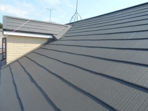 屋根塗装を川西市でするなら吉村設計にお任せ
