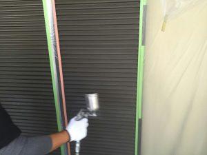 雨戸塗装 下塗り